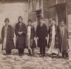 Students in winter clothes.  Istanbul, 1890-1892.