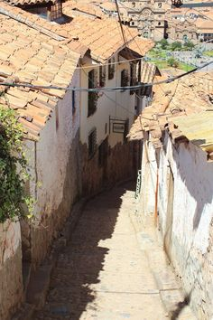 The narrow cobbled streets of Cusco.