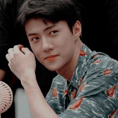 Yağ milmiykrumda en tatlı dudaklimi en poncik yanaklimi diyim bemce bu kişi Sehun, Kpop Exo, Korean Girl Groups, Boy Groups, Kim Kai, Spirit Fanfic, Exo Members, Going Crazy, Boyfriend Material