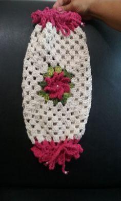 Puxa saco de crochê, confecciono as cores a pedido do cliente.contate vendedor