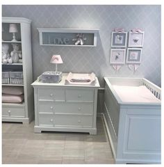 Lacquered baby room closet with bed dresser and bottom opening. Come to your home and .- Lake bebek odası dolap yatak şifonyer ve alt açma. Evinize gelip odanızın … Lacquered baby room closet bed dresser and bottom opening …. Nursery Set Up, Baby Nursery Decor, Baby Decor, Nursery Room, Kids Bedroom, Baby Nursery Wallpaper, Nursery Ideas, Room Ideas, Decor Ideas