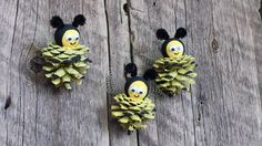 Pine Cone Bee Ornaments Bumble Bee Primitive by 37HawthornHill