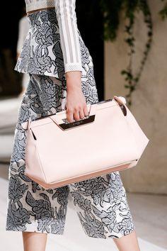 prada-milahno:  Detail at Balenciaga PFW SS2014 Ready-to-wear