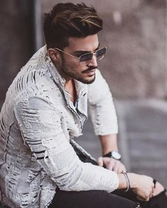 photo poses for boys Photo Poses For Boy, Boy Poses, Male Poses, High Street Fashion, Mens Photoshoot Poses, Cool Hairstyles For Men, Photography Poses For Men, Stylish Boys, Mens Clothing Styles