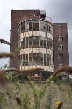 The Royal Hospital, Wolverhampton, UK. The Royal Hospital originated with the foundation of the Wolverhampton Dispensary in Old Abandoned Buildings, Abandoned Asylums, Old Buildings, Spooky Places, Haunted Places, Derelict Places, Abandoned Places, Places Around The World, Around The Worlds