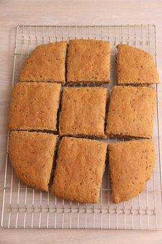 Rundstykker til matpakken - My Little Kitchen Cornbread, Kitchens, Cheese, Baking, Ethnic Recipes, Millet Bread, Bakken, Kitchen, Cuisine