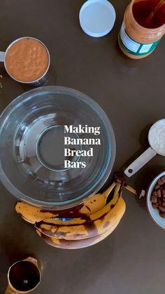 Banana Bread Bars, Make Banana Bread, Banana Bread Recipes, Baby Food Recipes, Snack Recipes, Dessert Recipes, Lunch Snacks, Easy Snacks, Healthy Treats