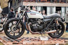'81 Kawasaki #Z750 #caferacer by @lamilladeldiablo courtesy of @darirdz. Love that Martini Racing paint scheme!