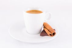 High Key Coffee Coffee with chocolat and cinnamon