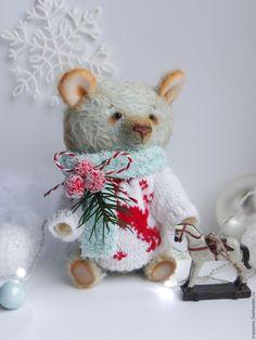 Teddy Bear | Купить Зимний мишка тедди мятного цвета в свитере с оленями и лошадкой - мятный, мишка, медведь