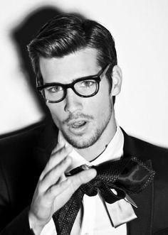 Cool Side Part Hairstyles For Men Homme Hipster, Cheveux Été, Cheveux  Homme, Lunettes 0da1f10f30e2