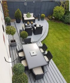 Amazing Ideas for Small Backyard Landscaping - My Backyard ideas Back Garden Design, Modern Garden Design, Modern Garden Furniture, Backyard Patio Designs, Small Backyard Landscaping, Backyard Ideas, Pinterest Garden, Design Jardin, Garden Makeover