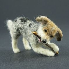 Needle felted dog with stick Needle Felted Animals, Felt Animals, Wet Felting, Needle Felting, 3d Figures, Dog Sculpture, Felt Dogs, Wool Art, Dog Portraits