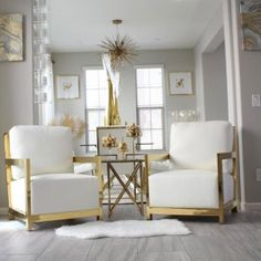 "Gold is the electrifying ""it"" color for any season, and we can't stop lusting after gold & white styling in room after room. Tap the link in our bio to shop all her fabulous pieces! Glam Living Room, Elegant Living Room, Living Room White, Elegant Home Decor, Affordable Home Decor, Living Room Paint, Living Room Modern, Living Room Furniture, Living Room Decor"