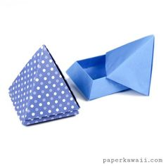 Learn how to make a cool origami pyramid box or pot. The lid rests nicely on top making this origami box a really nice decoration. These origami boxes would make great salt and pepper pots! Origami Candy Box, Origami Star Box, Origami Envelope, Envelope Box, Origami Paper Folding, Paper Crafts Origami, Origami Art, Origami Ring, Origami Ideas