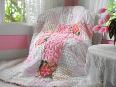Vintage Chenille Throw . . . I would love this !  Beautiful !!!