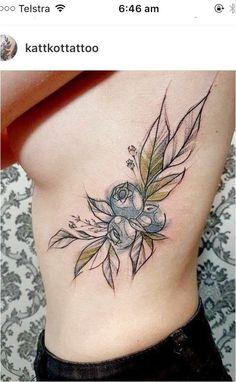 Katt Kot blueberry tattoo - List of the most beautiful tattoo models Tattoos Motive, Sugar Skull Tattoos, Life Tattoos, Body Art Tattoos, Sleeve Tattoos, Rosary Tattoos, Heart Tattoos, Tattoo Fairy, Dragonfly Tattoo
