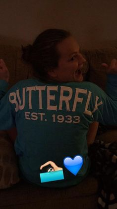 @janaburner I'm in love with my new sweatshirt  @SwimWithIssues (SwimWithIssues Butterfly Swim Jersey in Maui Blue)