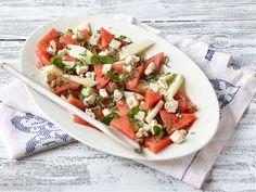 Melonisalaatti salaattijuustolla