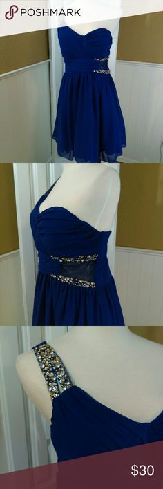 "Homecoming/prom Dress No stains or rips. Only worn once.  34"" length  Material: Self- 100% polyestor Contrast- 80% polyestor, 20% spandex Lining- 100% polyestor  It is like a cross between and blue and purple! City Triangles Dresses Prom"