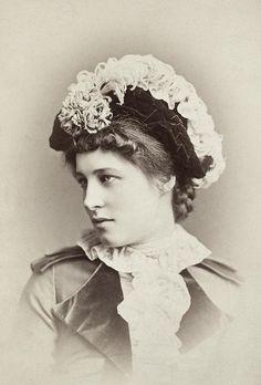 4-lillie-langtry-1852-1929-granger.jpg (610×900)