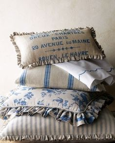 Love how they used the burlap look with blue and white.