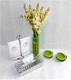 PEWTER #Pewter #Flores #Flowers #Kleenera #Toallero #Velas #Candles #Velas #de #México #VelasdeMéxico #Kleenex #Porta #vela #Baño #Bathroom