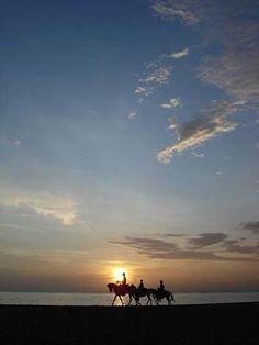 Colombia - Paisajes de Colombia, Atardeceres en Santa Marta. Mucho más sobre nuestra hermosa Colombia en www.solerplanet.com