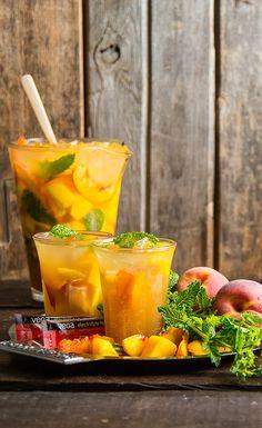 #Recipe: Mango Peach Hydrating Sangria #drinkrecipes #mocktails #veganrecipes #whatveganseat