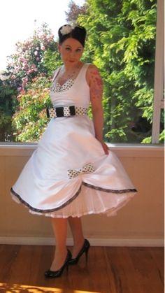 Pinup|vintage|50s wedding dress