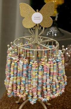 Circus party - candy necklaces as part of candy bar Vintage Party, Wedding Vintage, Trendy Wedding, Diy Wedding, Wedding Cakes, Boho Vintage, Vintage Food, Wedding Ideas, Vintage Table