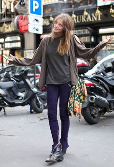 The latest tips and news on Street Style are on Daria Werbowy Gallery. On Daria Werbowy Gallery you will find everything you need on Street Style. Daria Werbowy, Grunge Fashion, Look Fashion, Autumn Fashion, Fashion Outfits, Net Fashion, Estilo Grunge, Neo Grunge, Grunge Style