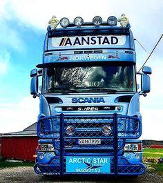 #arcticstarlogistics #scaniatruck #aanstadtransport #r560v8 Used Trucks, Cool Trucks, Big Trucks, Scania V8, Road Train, Sale Promotion, Buses, Tractors, The Unit