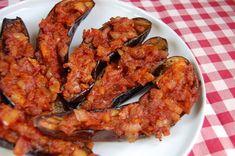 Töltött padlizsán törökösen - Eszterlánc főz Tandoori Chicken, Vegetable Recipes, Vegetables, Ethnic Recipes, Food, Red Peppers, Essen, Meals, Yemek