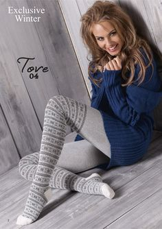 I'd love to find a navy off shoulder sweater like that to pair with some gray leggings I have. Wool Tights, Cotton Tights, Opaque Tights, Fashion Tights, Cozy Fashion, Stockings And Suspenders, Sexy Stockings, Grey Leggings, Tight Leggings