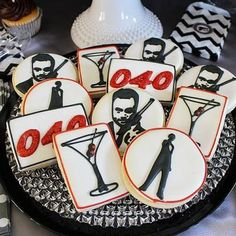 If you need birthday party ideas for men, think about having a James Bond theme bash. Check out some great photos and ideas. James Bond Party, James Bond Theme, Adult Birthday Party, 40th Birthday Parties, Birthday Ideas, Birthday Signs, Male Birthday, Casino Night Party, Casino Theme Parties