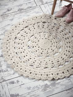 NEW Chunky Crochet Circle Rug - Indoor Living