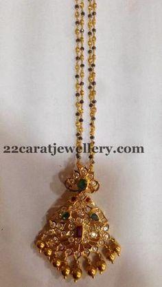 Jewellery Designs: Black Beads Set with Heavy Locket