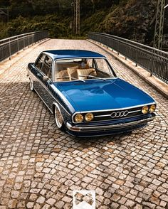 Audi 100 – marvelous On car , old , and trucks , car ideas , car Going to church doesn't make you any more a Christian than going to the garage makes you a car. Retro Cars, Vintage Cars, Porsche Cayman 987, Bmw Autos, Mc Laren, Audi Cars, Car In The World, Car Wallpapers, Renault 5