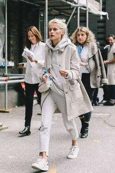 white & beige outfit / pants, hoodie and trench
