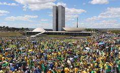 Dilma, Lula e Renan são os principais alvos do protesto em Brasília - 16/08/2015 - Poder - Folha de S.Paulo