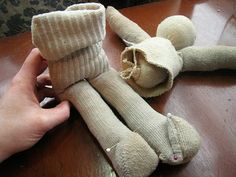 tutorial - waldorf-inspired sock doll - Seems simple enough and recycles all those old socks!
