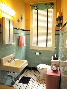 Vintage blue bathroom colors from seven manufacturers from 1927 to 1962 - Retro Renovation Black Tile Bathrooms, Vintage Bathrooms, Bathroom Floor Tiles, Bathroom Colors, Wall Tiles, Bathroom Ideas, Bathroom Remodeling, 1950s Bathroom, Modern Bathroom