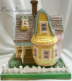 Up House wedding cake