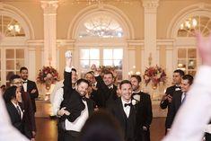 ¿Alguna buscando pareja😋? Disfruta tu boda al máximo y comparte con todos tus invitados cada momento especial.  #bodas #matrimonio #matrimonios #barranquilla #weddingplanner #weddings #weddingcolombia