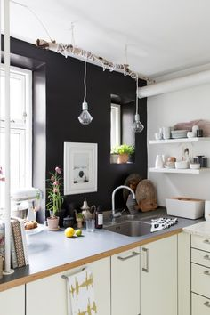 Inside Scoop: Tina Fussell's Copenhagen Home // Photography: Jansje Klazinga / Styling and Production: Holly Marder {Avenue Lifestyle} / Interview: Renate Wilms for Ariadne at Home magazine