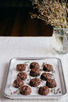 Chocolate Peanut Butter No Bake Cookies | Faring Well | #vegan #glutenfree #recipe