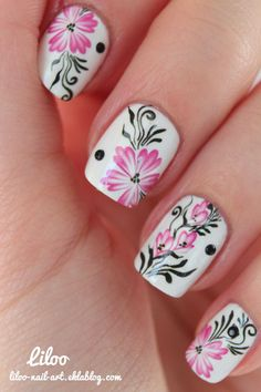 Create a horizon on your nails with 2 colors blended in to each other lightly. http://easynaildesigns.org/seasonal-nail-designs/
