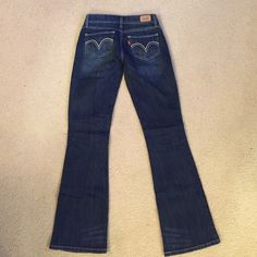 Levis Jeans 524 size 1 medium Levis jeans 524 size 1 medium great condition Levi's Jeans Flare & Wide Leg