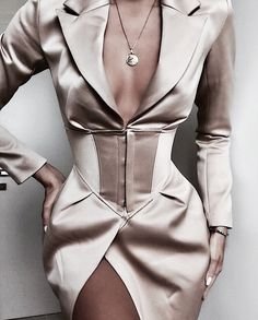 Online Shop Yissang 2019 New Autumn Women Dresses Elegant Professional Mini Woman Suits Dress Blazer Jacket Long Sleeve Outwear Outfit Look Fashion, Fashion Clothes, High Fashion, Fashion Dresses, Womens Fashion, Fashion Design, Workwear Dresses, Fashion Bella, Fashion Purses